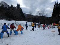雪上つな引き大会