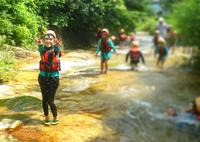 最後の川遊びを満喫