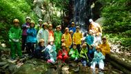 ゴールの三つ滝で記念撮影