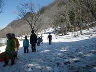 キャンプ場は雪いっぱいです
