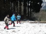 Bグループは雪合戦を楽しみました
