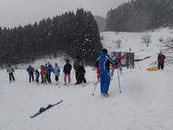 スキーレッスンも行います